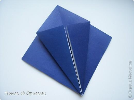 В переводе «crane» означает «журавель», поскольку именно из этой базовой формы складывается знаменитый японский журавлик. Материал по базовой форме выпущенный ранее: http://stranamasterov.ru/node/127916 фото 15
