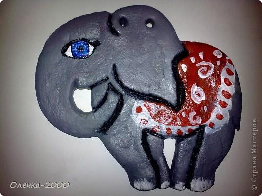 Этот слонёнок тоже сделала в подарок однокласснице