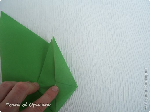 Такой прием применяется, в частности, при складывании Базовой формы «птица» и «лягушка».  фото 8