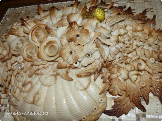 Хлебосольная корзина с цветами фото 2