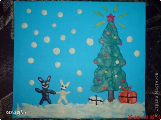 Эту картинку сделал сыночек...очень гордится своей работой ))) думаем подарить бабушке в праздник.  Только вот все никак не придумаем рамочку...если кто-нибудь поделится своими мыслями и идеями, мы будем очень благодарны )