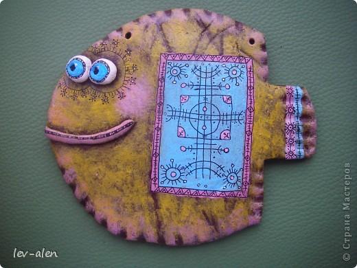 Еще одна рыбка в стиле росписи Дианы. Уж очень он мне в душу запал... фото 1