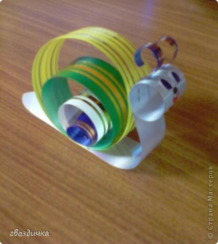 Поделка из упаковочной ленты.Работы детей. фото 2