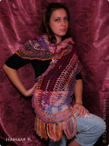 шарф связан на вилке в подарок маме фото 3