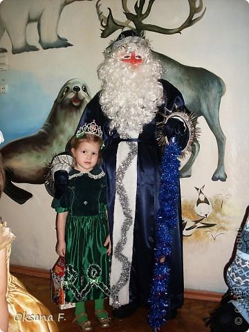 """Моя Ариша на новогоднем утреннике. Вот так выглядет платье на самой """"модели"""":) фото 3"""