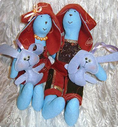 Такая вот семейка зайчишек получилась у меня в подарок к Новому году фото 1