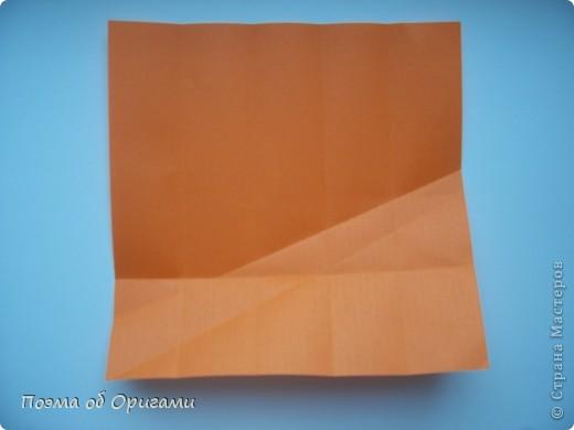 Деление квадрата на равные части - это всегда лишь подготовительный этап к складыванию. Однако без определенных навыков, как раз он и может оказаться достаточно сложным, особенно если количество частей, является простым числом:3, 5, 7, а так же 9. Об этом поподробнее. фото 27