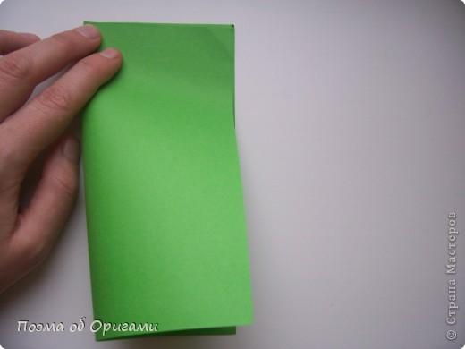 Деление квадрата на равные части - это всегда лишь подготовительный этап к складыванию. Однако без определенных навыков, как раз он и может оказаться достаточно сложным, особенно если количество частей, является простым числом:3, 5, 7, а так же 9. Об этом поподробнее. фото 3