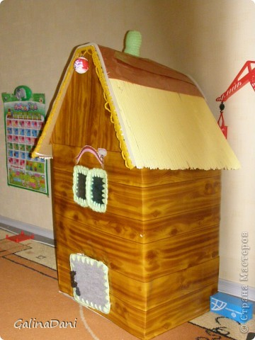 ТЕРЕМОК  Вот такой теремок сделала для сценки в детском саду к Новому году