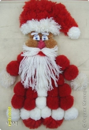 Дед Мороз из помпонов  фото 2