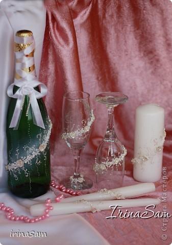 Вот еще один Свадебный наборчик, который, к моему счастью, я смогла реализовать. Бокалы у меня уже были, к ним соответствующе оформила бутылку и свечи. фото 1