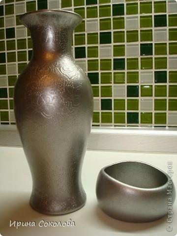 Вот так преобразилась старая  вазочка, которую я уже списала в кладовку и браслет, который уже поднадоел. фото 1