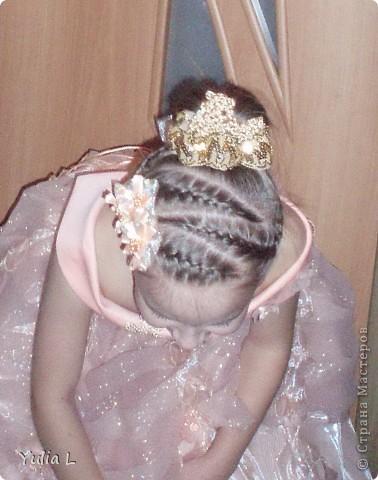 Хочу показать наши новогодние штучки для юной принцессы. Перчатки и бант для волос: металлизированный трикотаж, сетка, тесьма. фото 7