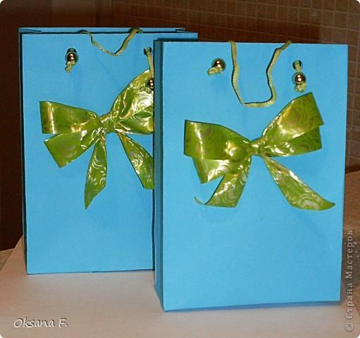 Вот такие пакетики для подарков у меня получились по МК http://stranamasterov.ru/node/100271