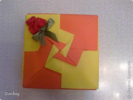 Подарок девушке)  Браслет из пластики,альбом с фото,ну и соответственно коробочка) фото 2