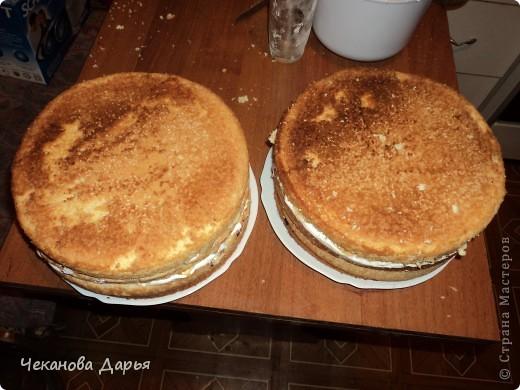 Здравствуйте это мой первый МК! Я расскажу как я делаю вкуссный тортик из бисквита, который так любит вся моя семья! И готовить его не трудно! фото 13