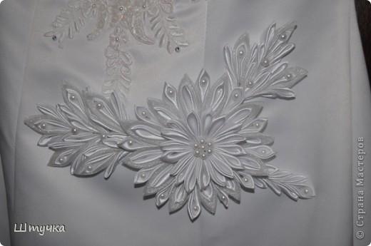 Цветочек для свадебного платья. фото 1