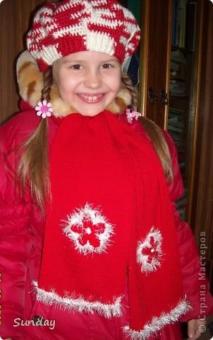 Связала 4 цветочка по МК Голубки http://stranamasterov.ru/node/93252  и обвязала травкой. фото 3