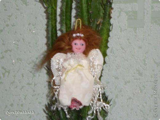 Младшая дочка, насмотревшись на работы мастериц, загорелась сделать ангелочка. Вот что у нас получилось.
