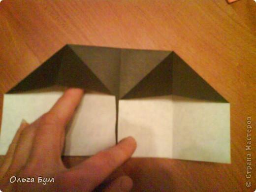 Киски-оригами. Они могут открывать рты, если нажать с двух сторон. Делаем из квадрата, полученного из листа формата А4 (стандартный лист) фото 9
