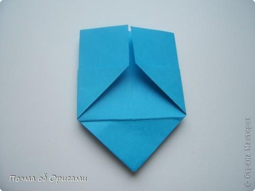 Вдохновением для этой работы послужили уже широко известные комодики, складывающиеся из спичечных коробков. Этот оригами-комод я придумала сама. Он складывается из стандартных А4 листов. Для данного примера было использовано таких 10шт.  Этот способ достаточно расширяет возможности и прежде всего - это размер готового изделия.  Для начала потребуется немного терпения и вдохновения))  А вот идеи по оформлению мини-комодов жителями Страны здесь: http://stranamasterov.ru/node/41405 http://stranamasterov.ru/node/66644 http://stranamasterov.ru/node/63054 http://stranamasterov.ru/node/6078 http://stranamasterov.ru/node/60443 http://stranamasterov.ru/node/48287 http://stranamasterov.ru/node/67696 http://stranamasterov.ru/node/40303 http://stranamasterov.ru/node/111164 http://stranamasterov.ru/node/139152 http://stranamasterov.ru/node/140311 фото 11