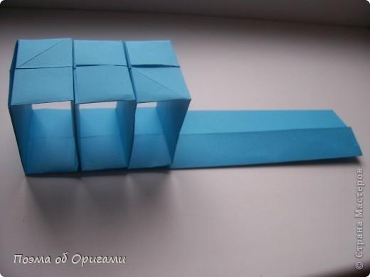 Вдохновением для этой работы послужили уже широко известные комодики, складывающиеся из спичечных коробков. Этот оригами-комод я придумала сама. Он складывается из стандартных А4 листов. Для данного примера было использовано таких 10шт.  Этот способ достаточно расширяет возможности и прежде всего - это размер готового изделия.  Для начала потребуется немного терпения и вдохновения))  А вот идеи по оформлению мини-комодов жителями Страны здесь: http://stranamasterov.ru/node/41405 http://stranamasterov.ru/node/66644 http://stranamasterov.ru/node/63054 http://stranamasterov.ru/node/6078 http://stranamasterov.ru/node/60443 http://stranamasterov.ru/node/48287 http://stranamasterov.ru/node/67696 http://stranamasterov.ru/node/40303 http://stranamasterov.ru/node/111164 http://stranamasterov.ru/node/139152 http://stranamasterov.ru/node/140311 фото 31