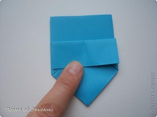 Вдохновением для этой работы послужили уже широко известные комодики, складывающиеся из спичечных коробков. Этот оригами-комод я придумала сама. Он складывается из стандартных А4 листов. Для данного примера было использовано таких 10шт.  Этот способ достаточно расширяет возможности и прежде всего - это размер готового изделия.  Для начала потребуется немного терпения и вдохновения))  А вот идеи по оформлению мини-комодов жителями Страны здесь: http://stranamasterov.ru/node/41405 http://stranamasterov.ru/node/66644 http://stranamasterov.ru/node/63054 http://stranamasterov.ru/node/6078 http://stranamasterov.ru/node/60443 http://stranamasterov.ru/node/48287 http://stranamasterov.ru/node/67696 http://stranamasterov.ru/node/40303 http://stranamasterov.ru/node/111164 http://stranamasterov.ru/node/139152 http://stranamasterov.ru/node/140311 фото 7