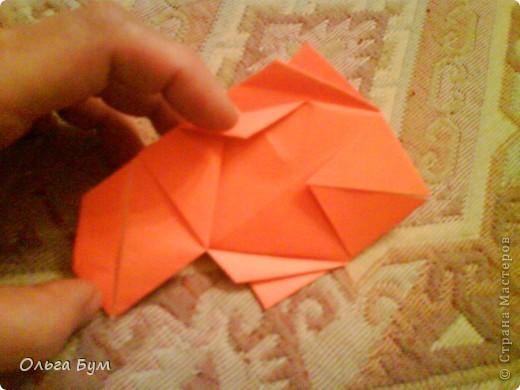 Рыбка золотая. Оригами. Делаем из квадрата полученного из листа формата А4 (квадрат получается 20х20 см) фото 12