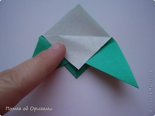 Этого паучка я придумала сама. Пятигранная коробочка поместит дорогие вашему сердцу вещи, а паучок будет беречь их как зеницу ока. фото 39
