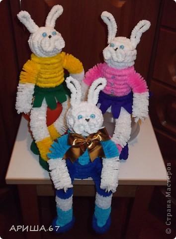 Решили с дочкой сделать талисман 2011 года, а получилось целое семейство...  фото 1