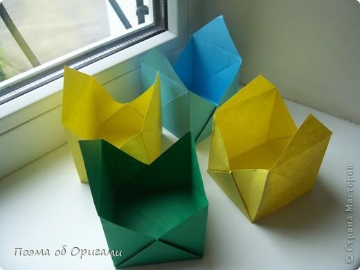 Эта башня составлена из одинаковых блоков и может быть логически продолжена до бесконечности: включать сколько угодно подобных секций и уровней. Поэтому эта модель отлично подходит для коллективной работы в коллективе. Модель этой симпатичной девушки носит имя НОА-чан и со времени со своего рождения даже успела стать символом Японской Ассоциации Оригами. фото 17