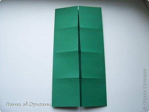 Эта башня составлена из одинаковых блоков и может быть логически продолжена до бесконечности: включать сколько угодно подобных секций и уровней. Поэтому эта модель отлично подходит для коллективной работы в коллективе. Модель этой симпатичной девушки носит имя НОА-чан и со времени со своего рождения даже успела стать символом Японской Ассоциации Оригами. фото 4