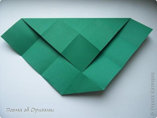 Эта башня составлена из одинаковых блоков и может быть логически продолжена до бесконечности: включать сколько угодно подобных секций и уровней. Поэтому эта модель отлично подходит для коллективной работы в коллективе. Модель этой симпатичной девушки носит имя НОА-чан и со времени со своего рождения даже успела стать символом Японской Ассоциации Оригами. фото 5