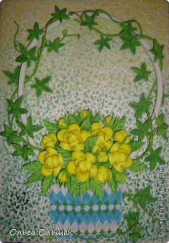 На этот раз появились на свет жёлтые розочки в сопровождении плюща. фото 1