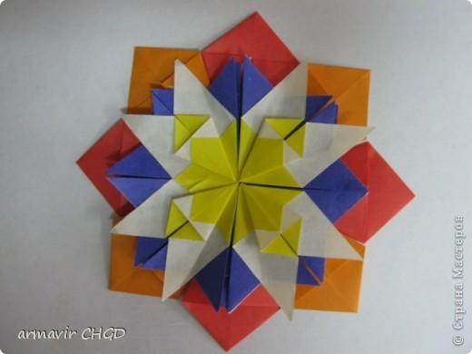 """Первая группа делала модули """"Шаттлл"""" и собрала на клей звезду из 8 модулей. фото 6"""