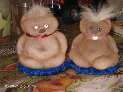 Ангельские тётушки))) в руках у них мешочки со счастьем  фото 2
