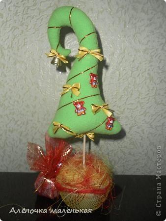 Эту ёлочку я смастерила в подарок любимой подруге Лене. фото 2
