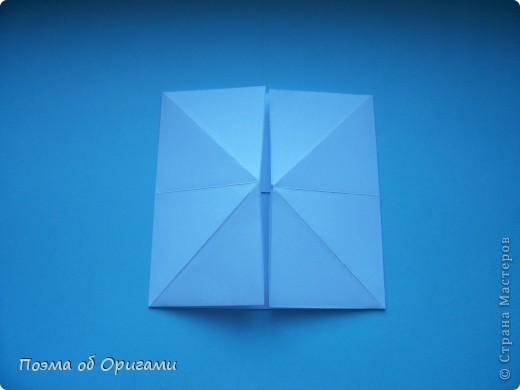 В качестве символа 2011 год делят между собой два животного китайского календаря. Видимо, это не простое совпадение, ведь у них и правда много общего. Оба с кротким нравом и пушистой шубкой.  Этого кролика придумал Стефан О`Хонор, а котика – Джо Накашима.  Подставка в форме четырех сердец – модель Френсиса Оу. Вся композиция сложена из квадратов одинакового размера(2 красных и 2 белых), в данном случае 20х20см. Как сложить из полос бумаги цифры – можете вспомнить в этом МК: https://stranamasterov.ru/node/127038 фото 24