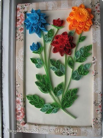"""Корзина с цветами. По книге Светланы Букиной """"Квиллинг: волшебство бумажных завитков"""" фото 5"""