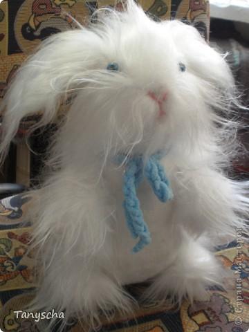 Белый зайка - символ года - в подарок под елочку. фото 1