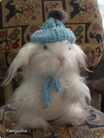 Белый зайка - символ года - в подарок под елочку. фото 2