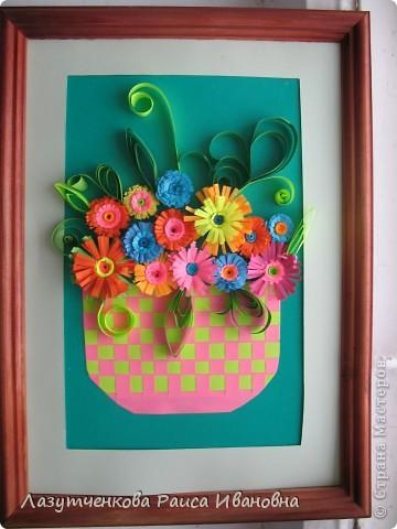 """Корзина с цветами. По книге Светланы Букиной """"Квиллинг: волшебство бумажных завитков"""" фото 24"""
