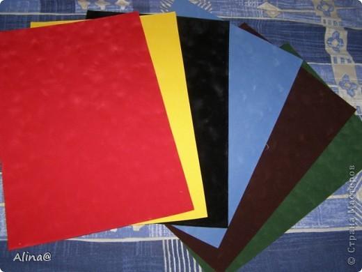 Вот такая гофрированая бумага и картон.Гофрированая бумага очень гибкая и из нее хорошо делать цветы(скоро выложу). фото 23