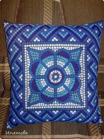 Диванная подушка фото 1