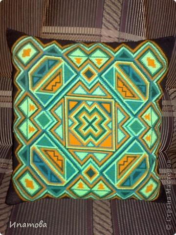 Диванная подушка фото 2