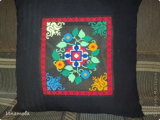 Диванная подушка фото 3