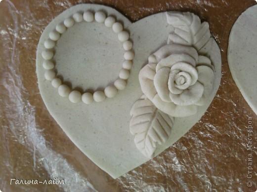 Сердечки можно использовать как подсвечник для свечи-таблетки ( у меня ее нет) или как мини-фоторамку. фото 6