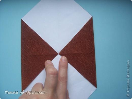 Этому мишке, трепетно прижимающего к себе большое красное сердце без труда удасться передать нежность влюбленного сердца. Для коробочки потребуется два квадрата одинакового размера (в данном случае 20х20см): для медведя - один квадрат, такого же размера, как и для коробки. Дополнительно потребуется квадрат 1/4 от такой величины. фото 30