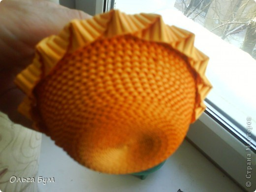 Корзиночка с грибами из гофрокартона.  фото 10