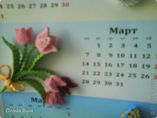 Новогодний календарь, укашенный в технике квиллинг из гофрокартона. К каждому месяцу своя картинка и получается вот такая радось!  фото 6